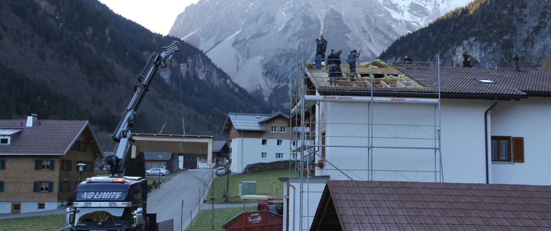 dachgaube 00002 1500x630 - Dachgaube Fam. Bitschi, Brand